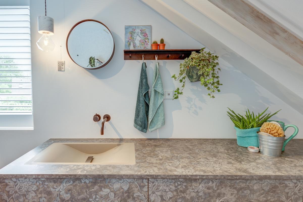 Badkamer in Warmenhuizen