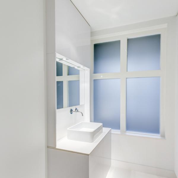 page 45 : wasbakken badkamer hardstenen wasbak wastafel wonen, Badkamer